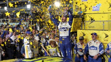 Johnson makes NASCAR history with victory in Miami – SpeedwayMedia.com