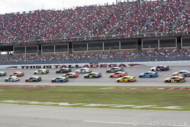 NASCAR must find way to bottle their superspeedway package following Talladega – SpeedwayMedia.com